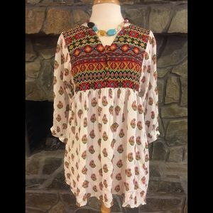 Perfect fall or spring tunic!